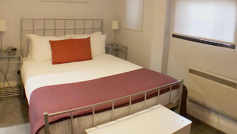 Bed at Monument ApartmentMonument Apartment - Citybase Apartments