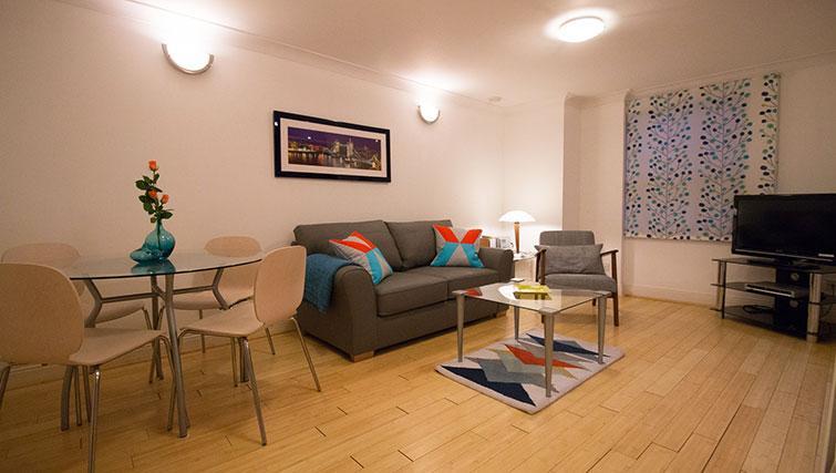 Living area at Monument ApartmentMonument Apartment - Citybase Apartments