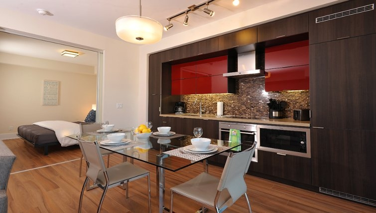 Modern kitchen at 300 Front Apartments - Citybase Apartments