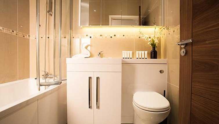 Bathroom at Brook Green Apartments - Citybase Apartments