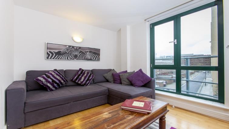 Comfortable living area at Folgate Street Apartment - Citybase Apartments