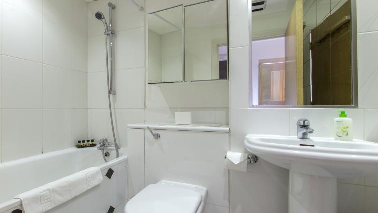 Bathroom at Folgate Street Apartment - Citybase Apartments