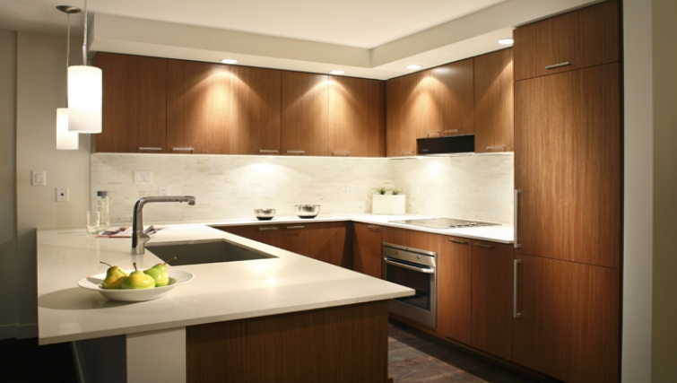 Kitchen at Level Furnished Living - Citybase Apartments