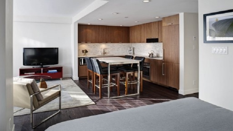 Studio kitchen in Level Furnished Living - Citybase Apartments