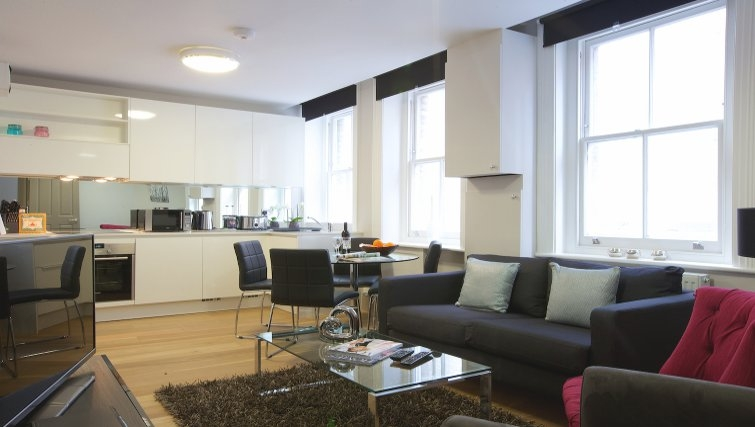 Living area at Flying Butler Fitzrovia Apartments - Citybase Apartments