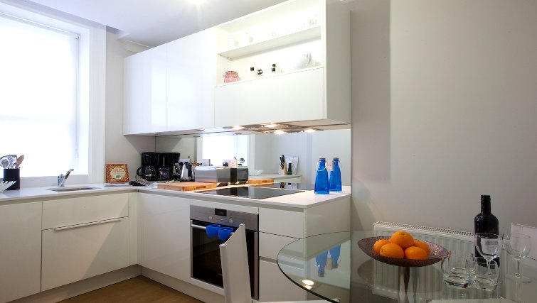 Kitchen at Flying Butler Fitzrovia Apartments - Citybase Apartments