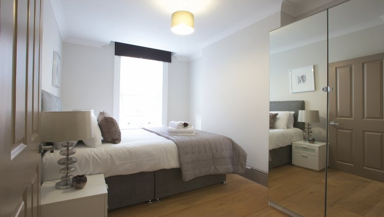 Bedroom at Flying Butler Fitzrovia Apartments - Citybase Apartments