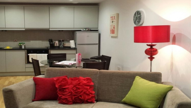 Living space at Eden House Apartments - Citybase Apartments