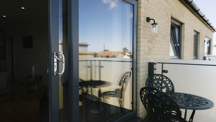 Balcony at Eden House Apartments - Citybase Apartments