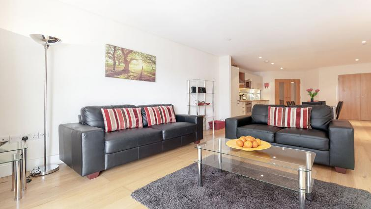 Cosy living area in Marina Place Apartments - Citybase Apartments