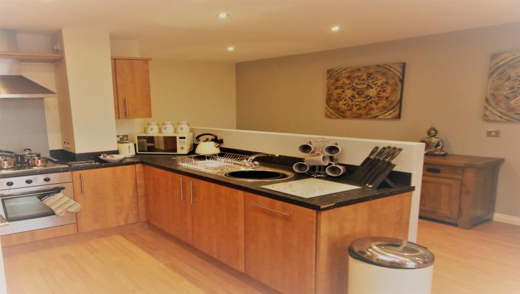 Equipped kitchen at Curzon Place - Citybase Apartments