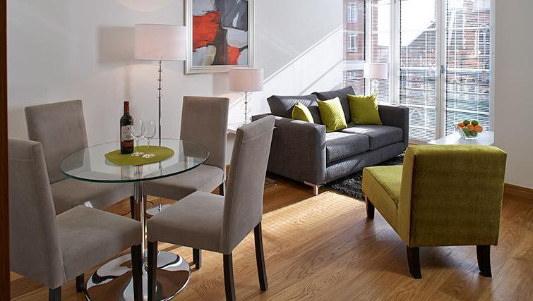 Dining table at Oakwood Marylebone - Citybase Apartments