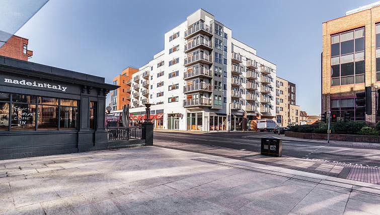 Exterior of Chorus Apartment - Citybase Apartments