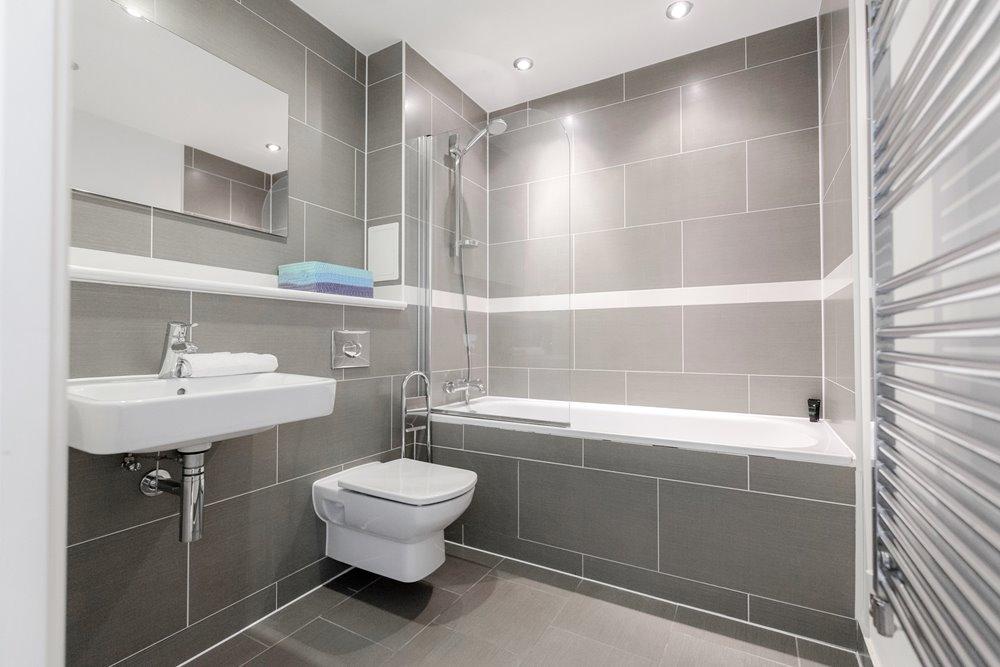 Bath at Chorus Apartment - Citybase Apartments