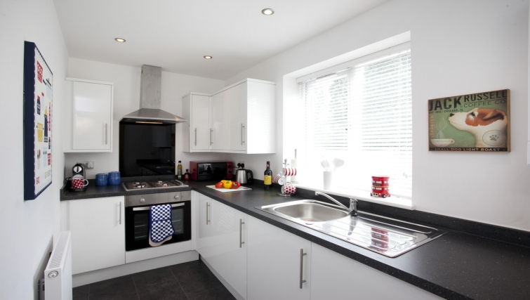 Kitchen at Musters Cottage - Citybase Apartments