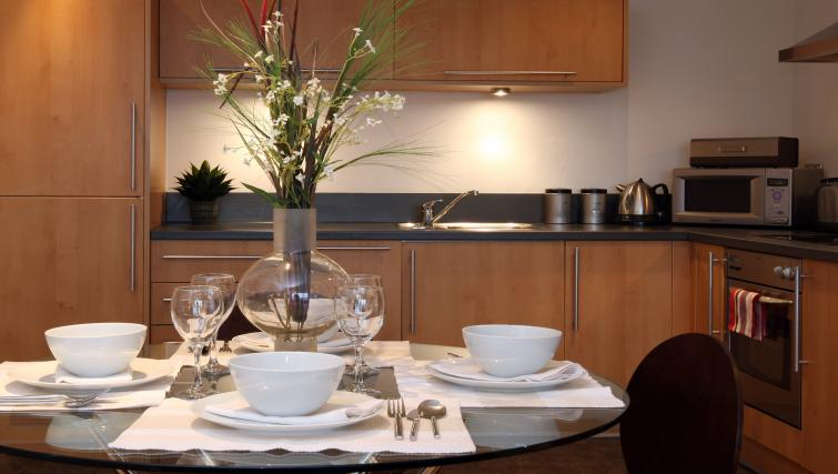 Dining table at The Chambers Riverside West Apartments - Citybase Apartments
