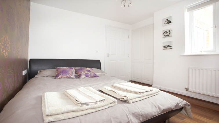 Bright bedroom in Canalside Apartment - Citybase Apartments