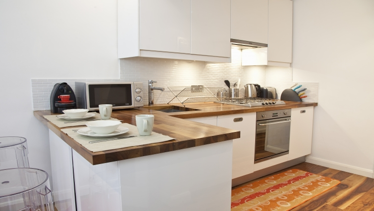 Modern kitchen at Marylebone Apartments - Citybase Apartments
