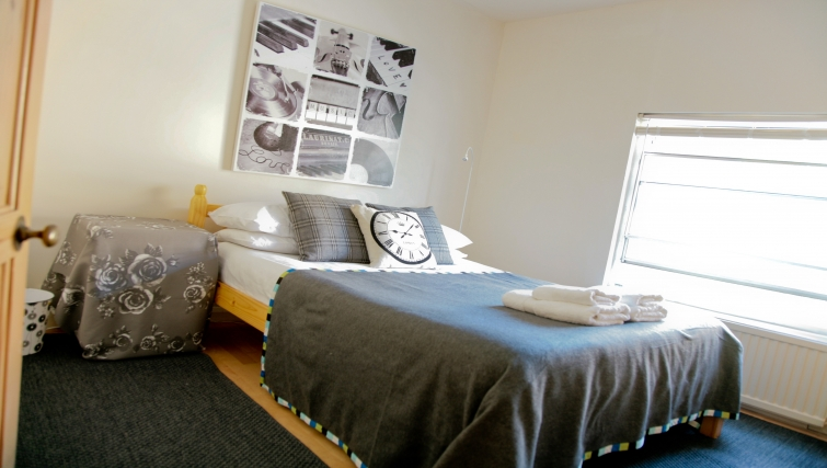 Bed at Marylebone Apartments - Citybase Apartments