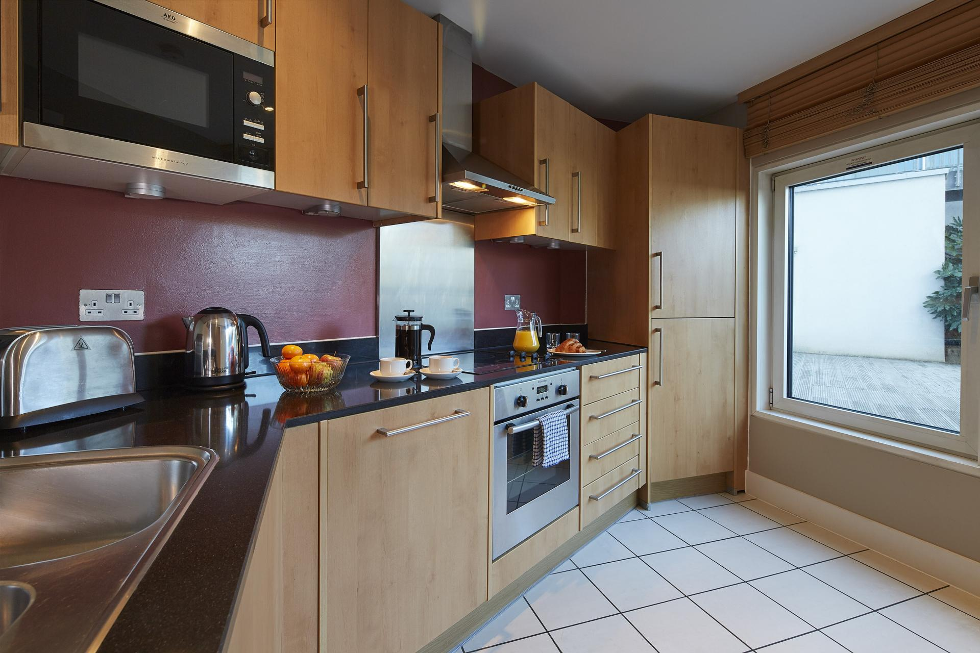 Modern kitchen at Empire Square Apartments, London Bridge, London - Citybase Apartments