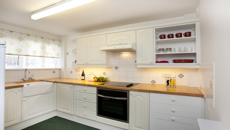 Fully equipped kitchen at Cafe Culture Apartments - Citybase Apartments