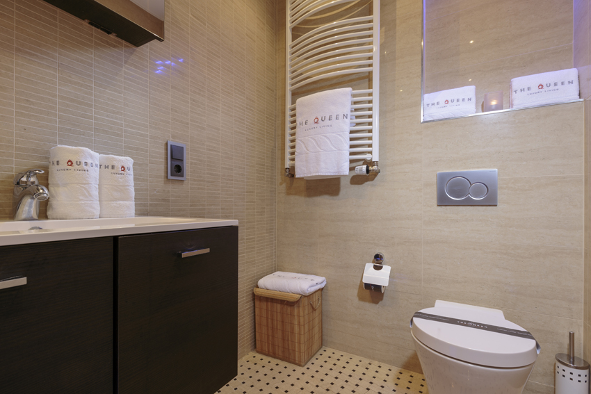Bathroom at Villa Medici Apartments - Citybase Apartments