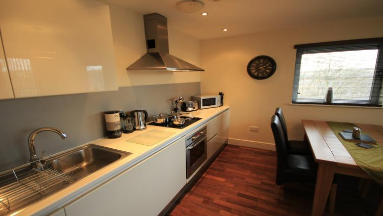 Kitchen at Lime Square Apartments - Citybase Apartments