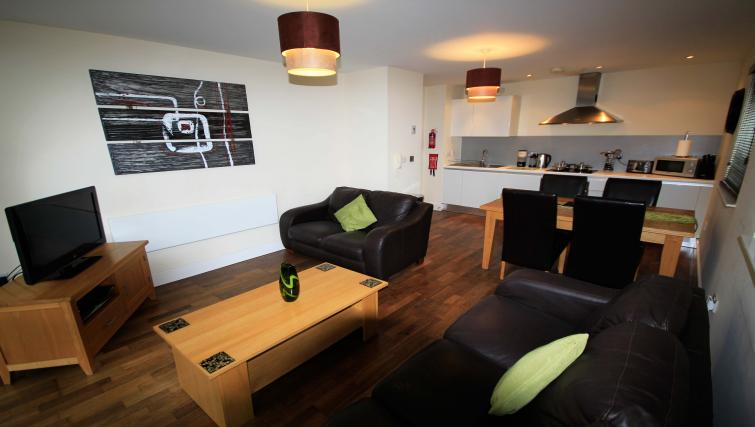 Living area at Lime Square Apartments - Citybase Apartments