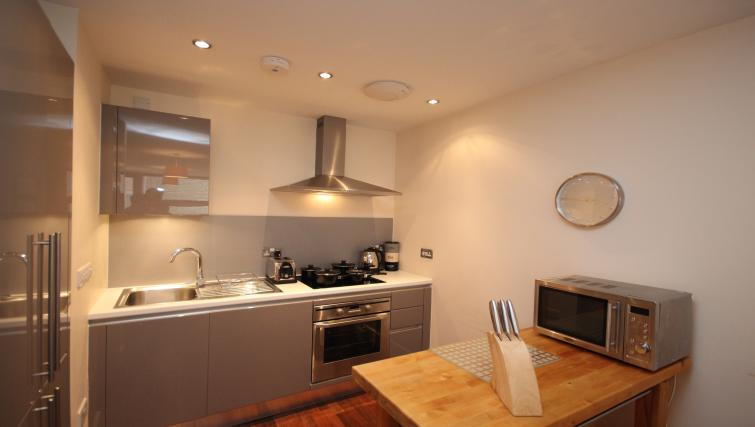Equipped kitchen at Lime Square Apartments - Citybase Apartments
