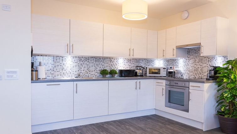 Kitchen at Charleston Apartments - Citybase Apartments