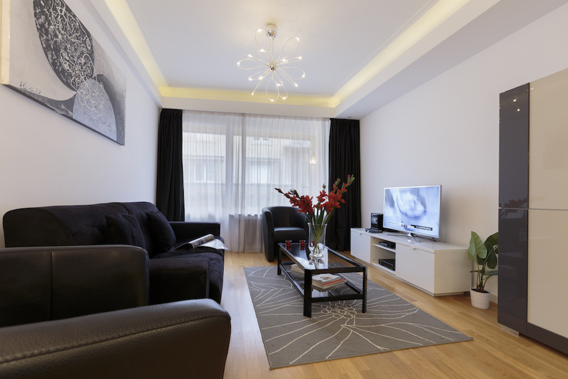 Living room at Villa Carlotta Apartments - Citybase Apartments