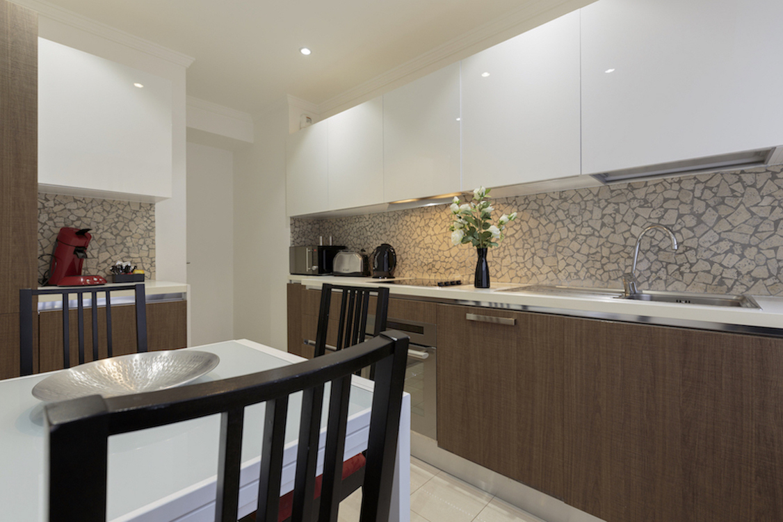Kitchen facilities at Villa Carlotta Apartments - Citybase Apartments