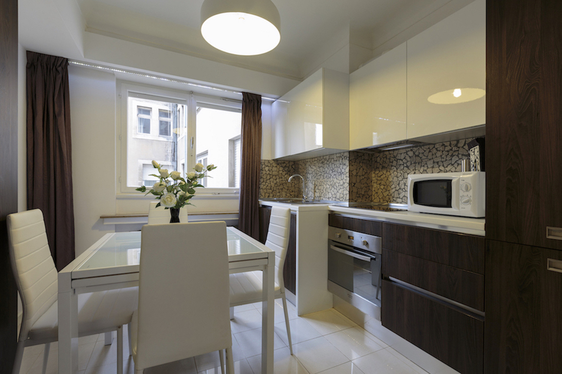 Kitchen area at Villa Carlotta Apartments - Citybase Apartments