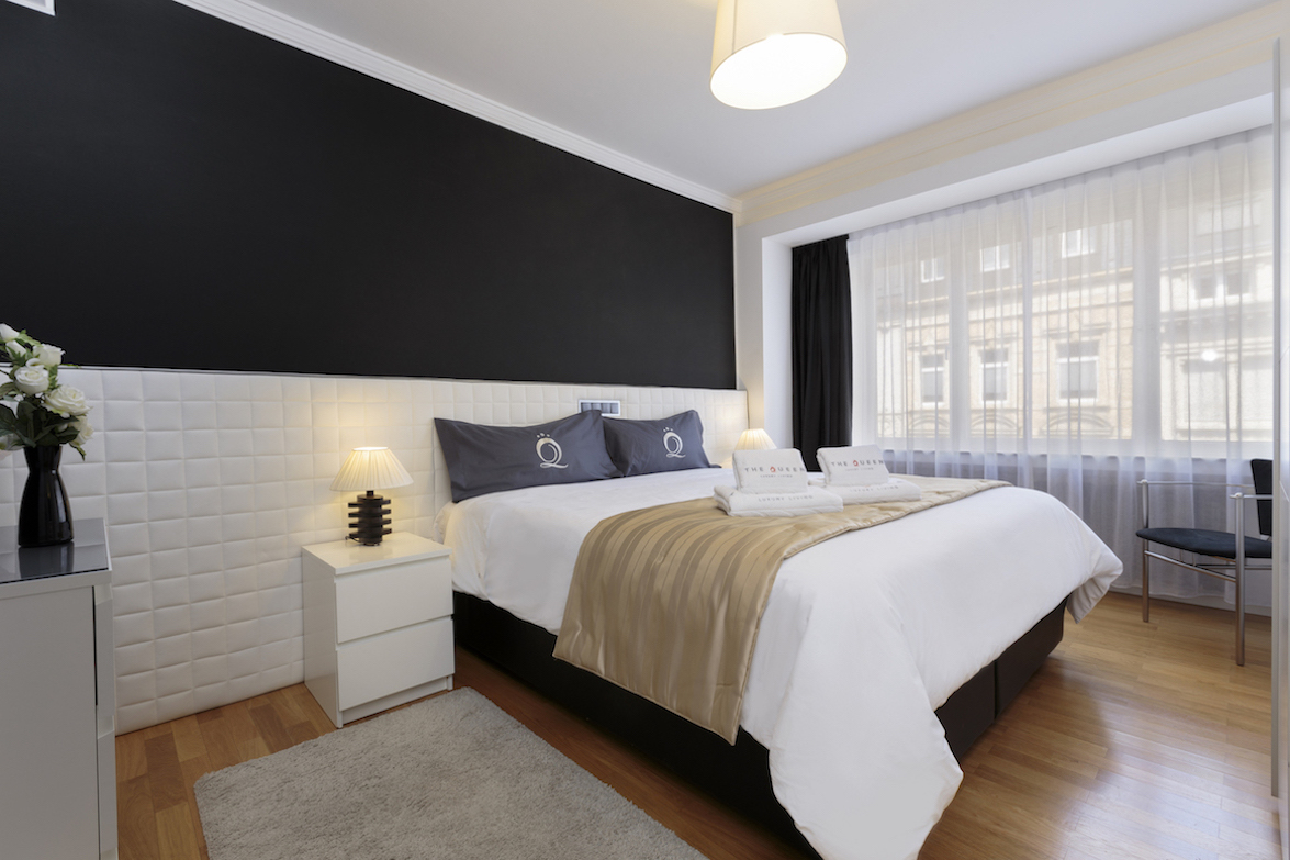 Bright bedroom at Villa Carlotta Apartments - Citybase Apartments