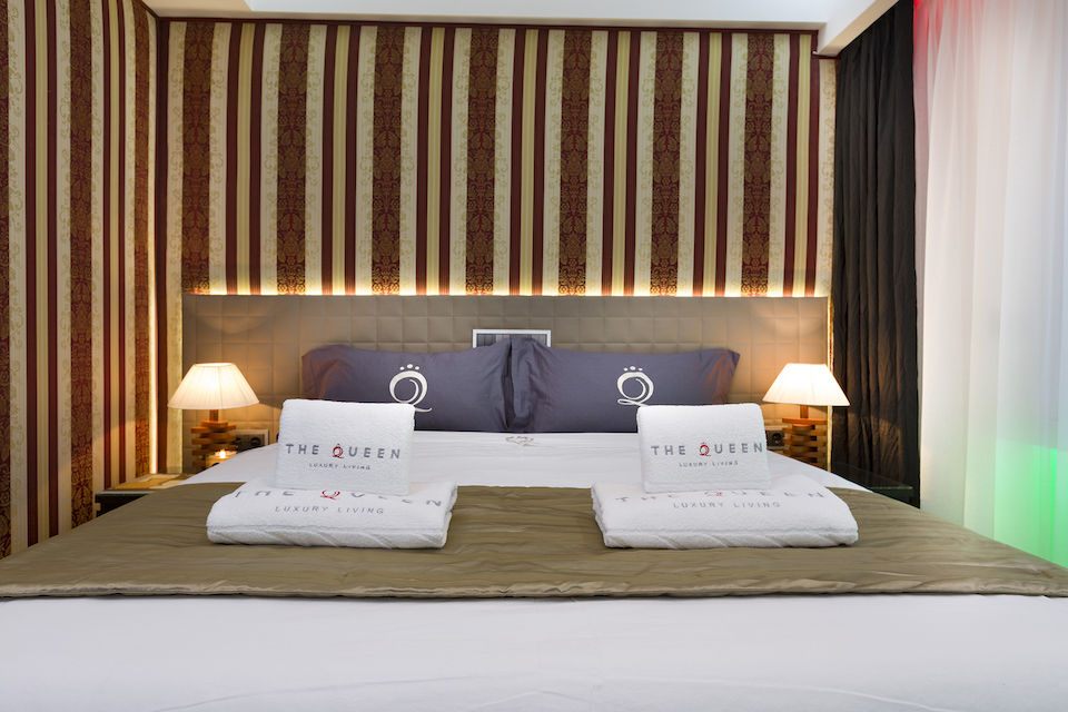 Cosy bedroom at Villa Carlotta Apartments - Citybase Apartments
