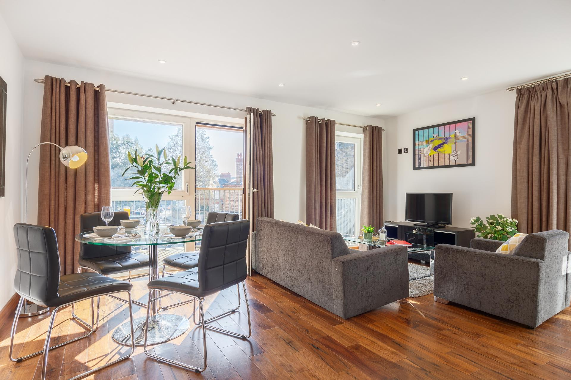 Spacious living area at Shoreditch Square Apartments - Citybase Apartments