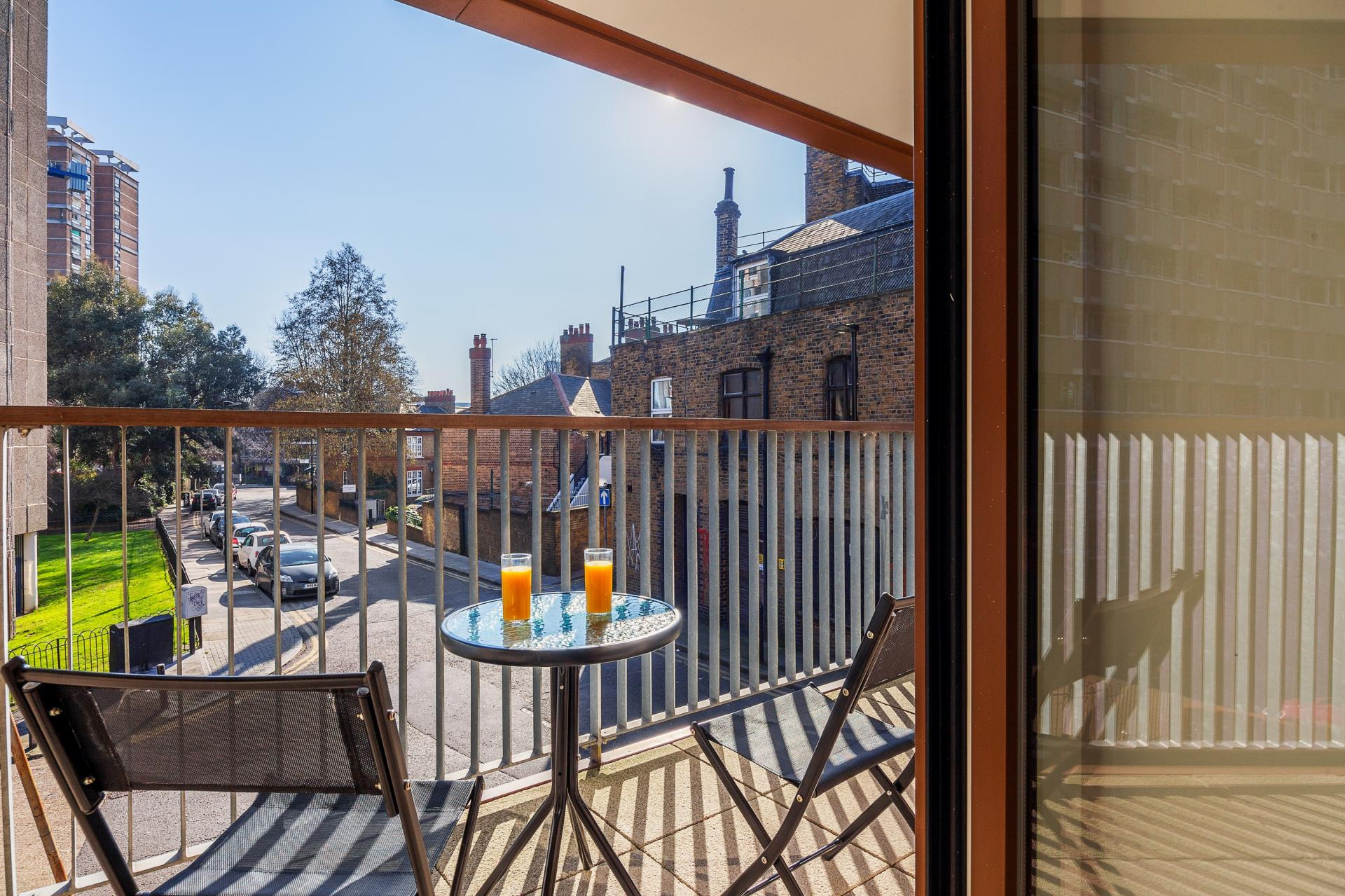 Balcony at Shoreditch Square Apartments - Citybase Apartments