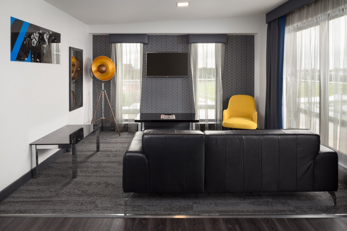 Living room at Roomzzz Chester City Apartments - Citybase Apartments