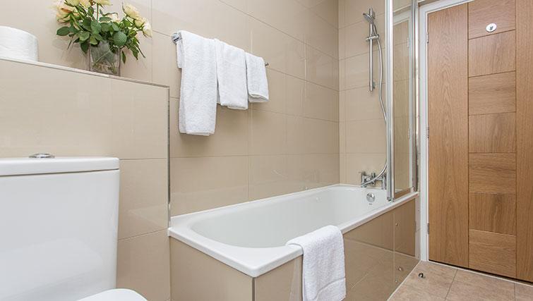 Bathroom at Artillery Lane Apartments - Citybase Apartments