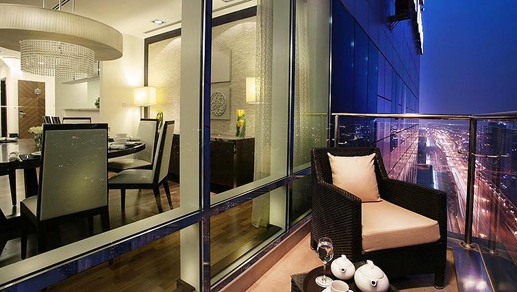Walk-on balcony at Fraser Suites Dubai - Citybase Apartments