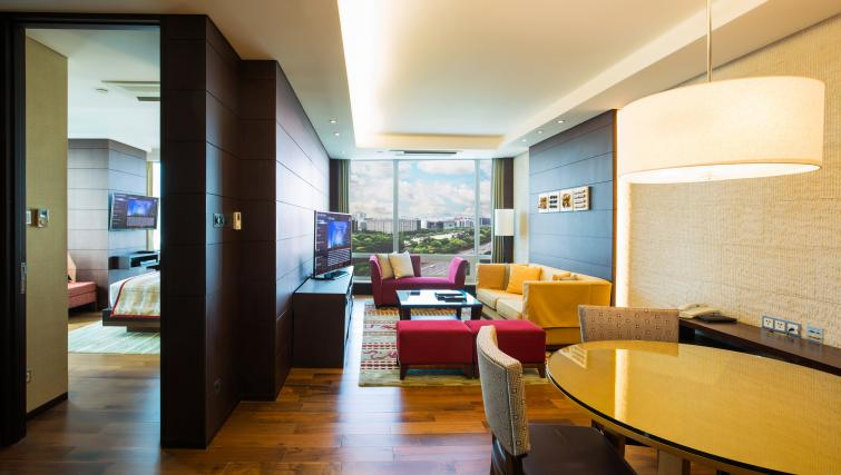 Living space at Marriott Executive Apartments Yeouido Park Centre - Seoul - Citybase Apartments