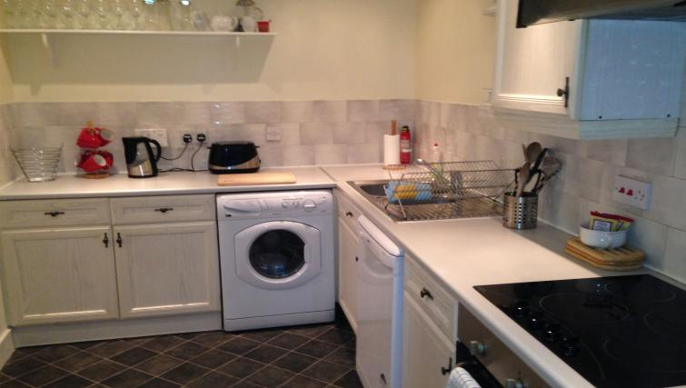 Kitchen at St Andrew Square Apartments - Citybase Apartments