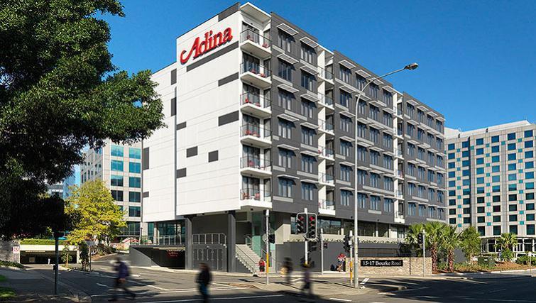 Exterior of Adina Apartment Hotel Sydney Airport - Citybase Apartments