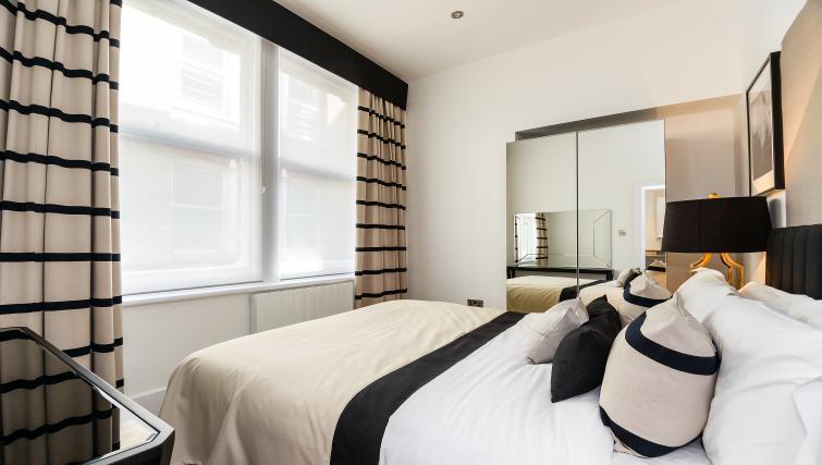Bedroom at Native St Pauls Apartments - Citybase Apartments