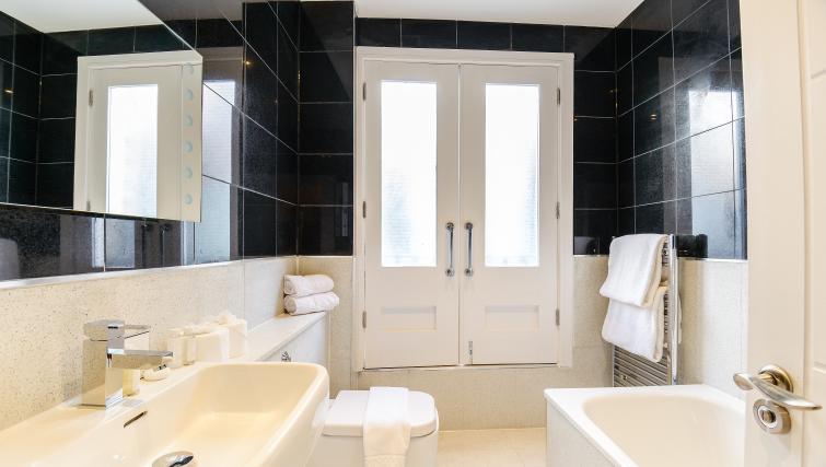 Bathroom at Native St Pauls Apartments - Citybase Apartments