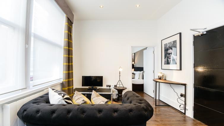 Living room at Native St Pauls Apartments - Citybase Apartments