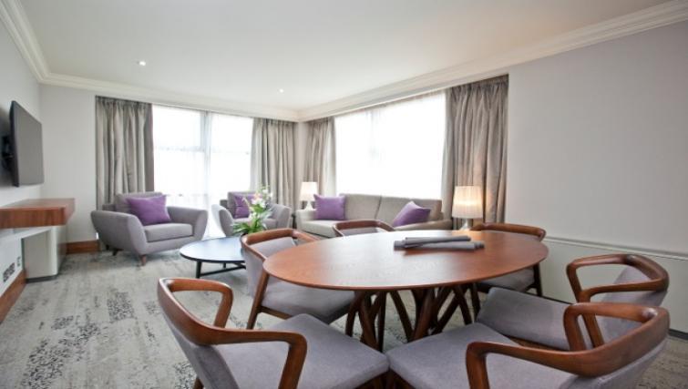 Living area at Sanctum Maida Vale - Citybase Apartments