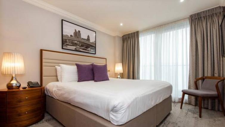 Bedroom decor at Sanctum Maida Vale - Citybase Apartments