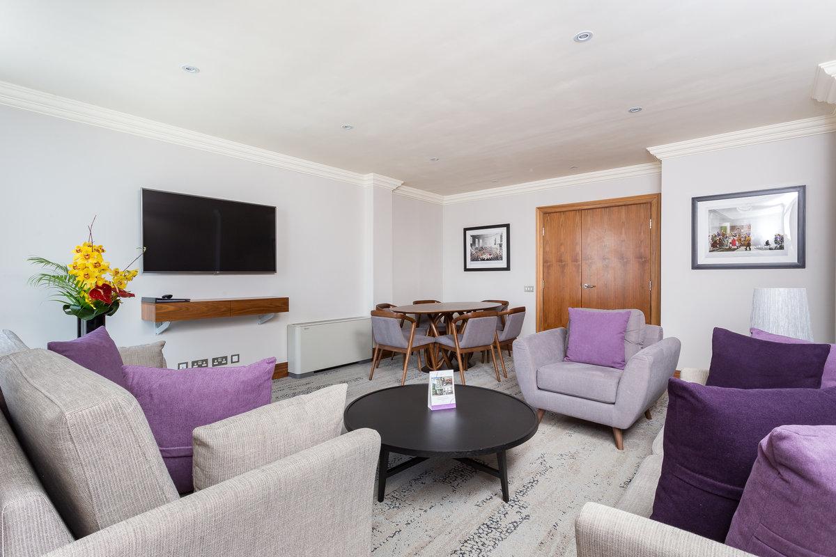 Light living area at Sanctum Maida Vale - Citybase Apartments