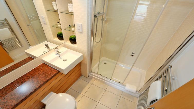 Shower room at Burnside Apartment - Citybase Apartments